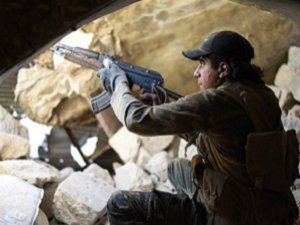 Direnişçiler Halep'te İlerliyor