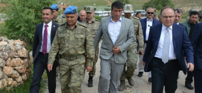 Valiyi Ağırlayan Köy Muhtarı Öldürüldü