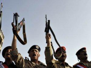 Hadi Yanlıları Askeri Konsey Kurdu