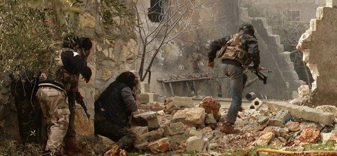 Suriyeli Direnişçiler Mastuma Askeri Üssünü Ele Geçirdi