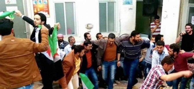 Katliam Gölgesi Altındaki Halep'te Bir Düğün Sevinci (VİDEO)