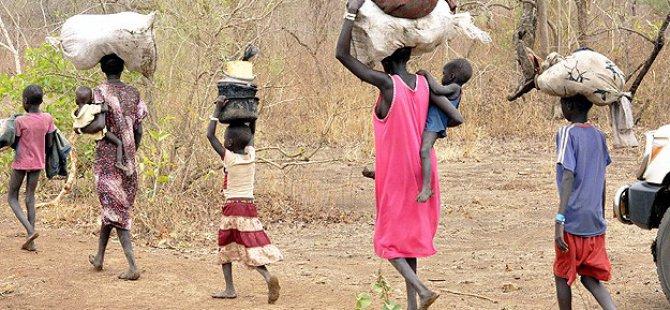 Güney Sudan'da 100 Bin Kişi Evini Terk Etti