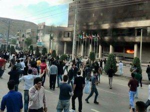 İran'da 'Farinaz' İsyanı
