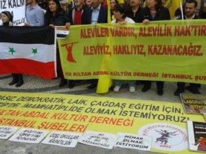 HDP'liler Din Dersine Karşıyız Deyip Esed Bayrağı Açtılar!