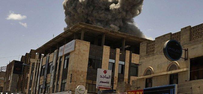 Yemen'in Devrik Lideri Salih'in Evi Bombalandı