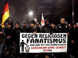 """""""BM İslamofobi'yi Suç Olarak Kabul Etmeli"""""""