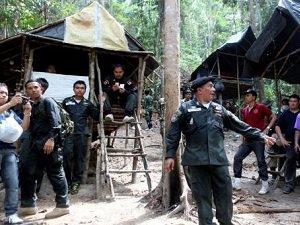 Tayland'da 99 Kişinin Cesetleri Bulundu