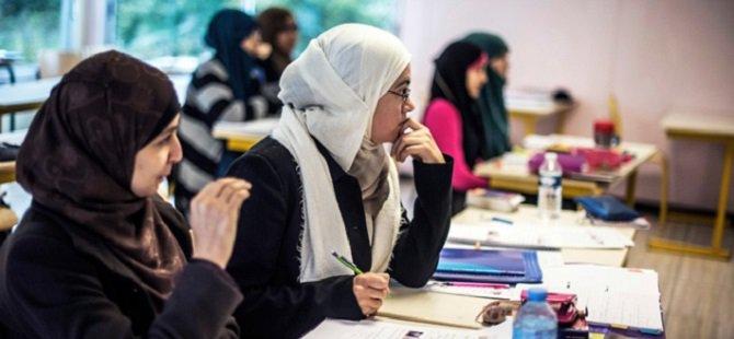 """""""Fransa'da Devlet Destekli Bir İslamofobi Var"""""""