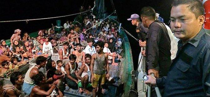 4 Bin Arakanlı Müslüman Kaderine Terk Edildi