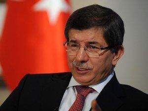 Davutoğlu'ndan Vekillere Belediyelerle İlgili Uyarı