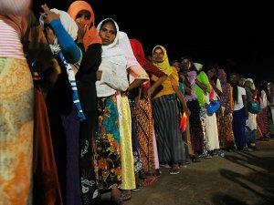 Endonezya'da Arakanlı Müslümanlar İçin Gösteri Düzenlendi