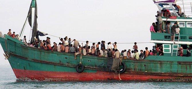 Endonezya Denizde Arama Kurtarma Çalışmalarına Başladı