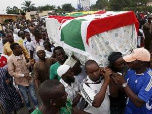 Burundi'de Öldürülen Müslüman Lidere Cenaze Töreni