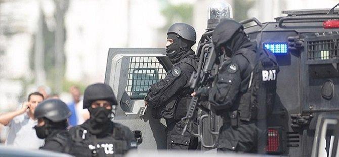 Tunus'ta Kışlada Silahlı Saldırı: 1 Albay Öldü