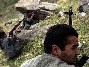 İran PKK-İKDP Mevzilerini Bombaladı