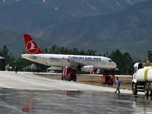 HDP'liler Yüksekova Havalimanı'ndan Uçmasınlar!