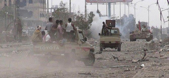 """""""Husiler 150 Füze Saldırısı Düzenledi"""""""