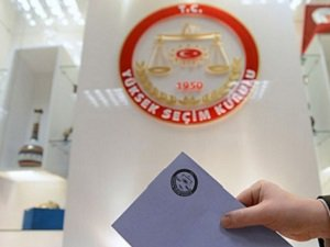 18 Parti Aday Listesini YSK'ya Teslim Etti