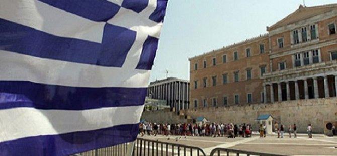 IMF Yunanistan Müzakerelerinden Çekildi