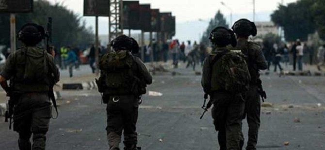 Siyonistler 6 Filistinliyi Gözaltına Aldı