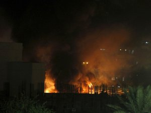 Bağdat'ta İki Otele Bombalı Saldırı