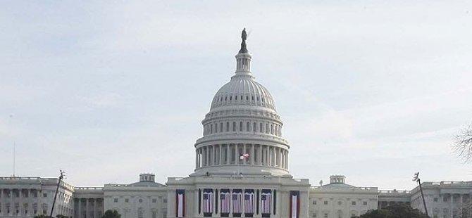 """ABD Senatosu """"Özgürlük Yasası""""nı Kabul Etti"""