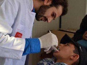 AID'ten Suriyeli Çocuklara Diş Taraması