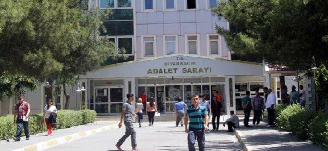 Diyarbakır'da 3 Tutuklu Adliye Binasında Firar Etti