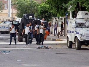 Diyarbakır'daki Saldırıyla İlgili 14 Kişi Tutuklandı