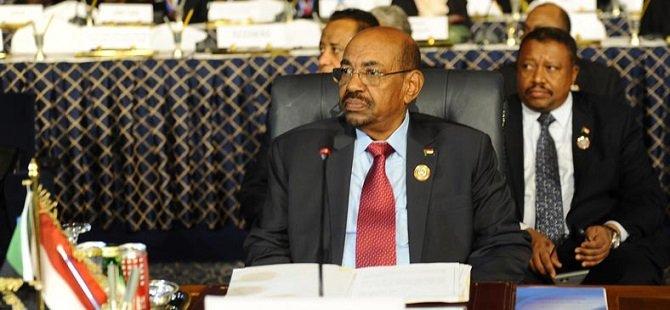 Sudan Cumhurbaşkanı Beşir Kendisine 2 Yardımcı Daha Atadı