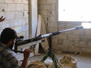 Suriyeli Direnişçiler Keskin Nişancı Tüfeği Üretti (FOTO)