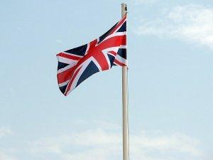 """İngiltere'de İmla Hatası Yapan Çocuğa """"Terör"""" Sorgusu!"""