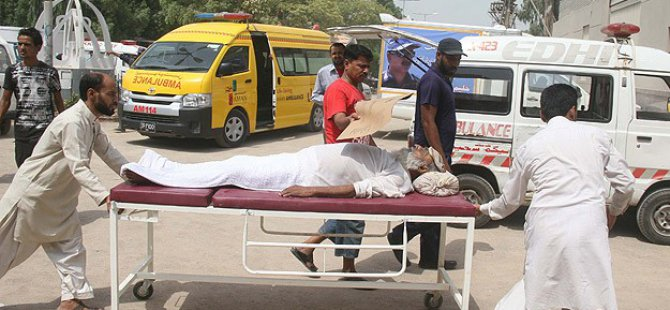 Pakistan'da Sıcaklar 600 Can Aldı