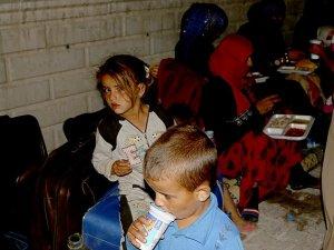 PYD'nin Baskısındaki Suriyeli Türkmenler Türkiye'ye Sığındı