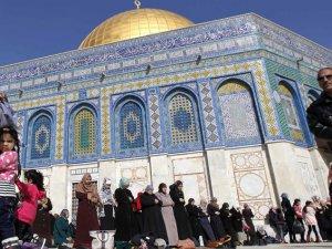 """""""Müslüman Âlimler"""" Kudüs İntifadası'nı Desteklemeye Çağırdı"""
