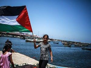 Siyonistler 15 Aktivisti Hala Gözaltında Tutuyor