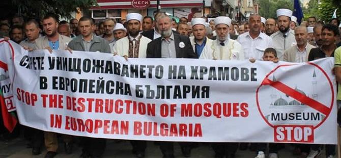 """Bulgaristan Müslümanları: """"Câmîme Dokunma!"""""""