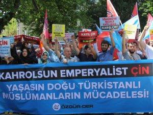 Doğu Türkistan'daki Çin Zulmü İstanbul'da Lanetlendi