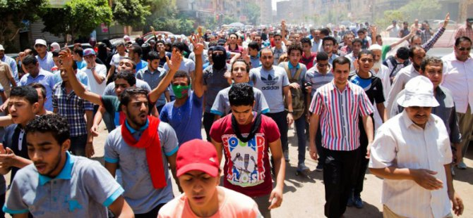 Kahire'de Darbe Protestosuna Cunta'dan Kanlı Müdahale