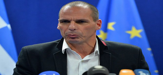 'Yunanistan Batarsa 1 Trilyon Avro Kaybedilecek'