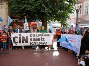 Bartın'da Çin'in D. Türkistan Zulmü Protesto Edildi
