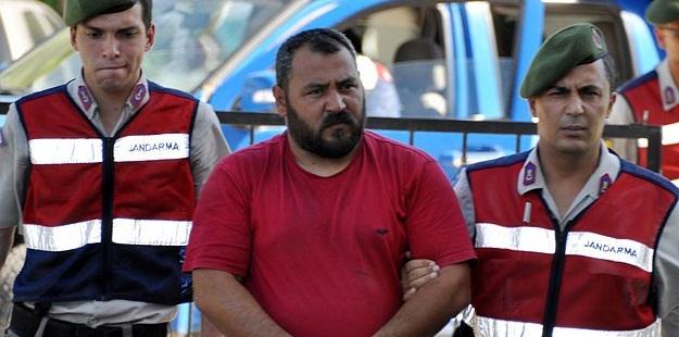 Manisa'da Kamyonetle Çarpışan Tırın Şoförü Tutuklandı