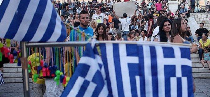 """""""Yunanistan Desteklenmeye Devam Edilemez"""""""
