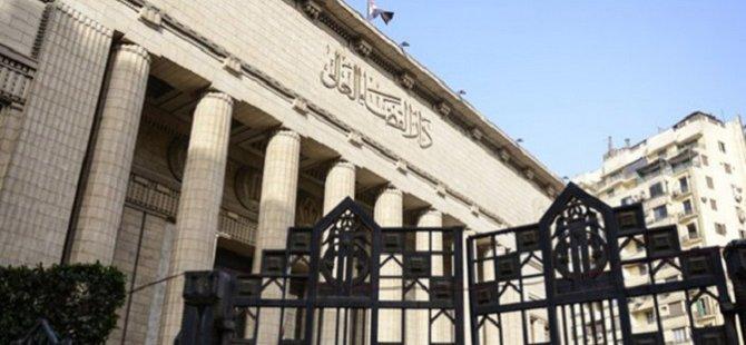 Mısırlı Gazeteci 10 Yıl Hapis Cezasına Çarptırıldı