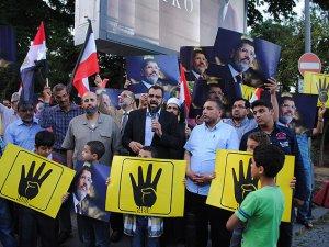 Türkiye'deki Mısırlı Alimlerden Sisi Cuntasına Protesto