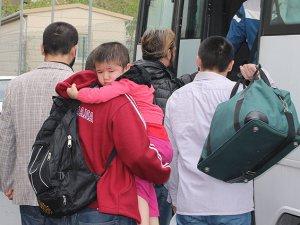 Tayland 90 Uygur'u Çin'e İade Etti