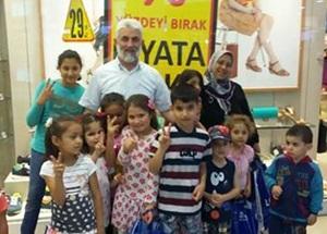 """""""İstanbul Ensarları"""" Bayramda Muhacir Çocukları Unutmadı"""