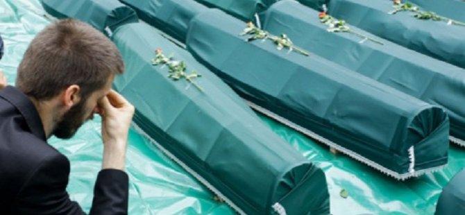 Bosna'da 30 Savaş Kurbanı Toprağa Verildi