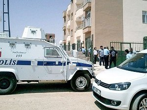 2 Polisin Katledilmesi İle ilgili 3 Kişi Gözaltında
