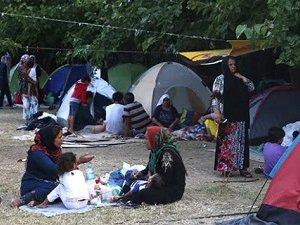 Yunanistan'da Olağanüstü Hâl Talebi